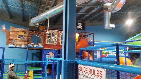 Narre Warren, Australia: The play center