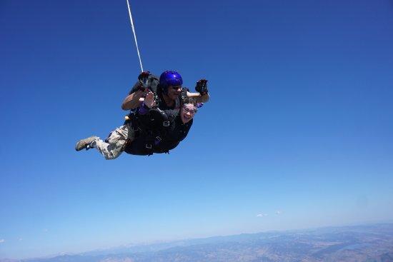 Mile-Hi-Skydiving : Free falling was amazing!