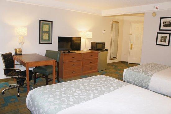 Sherman, TX: Guest Room