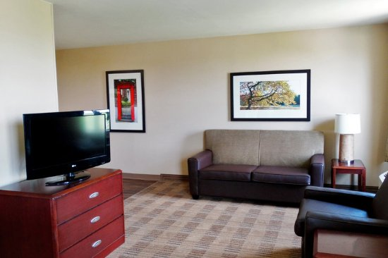 Stafford, TX: Superior Studio - 2 Full Beds