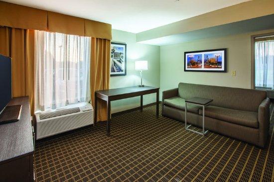 Mechanicsburg, PA: Suite
