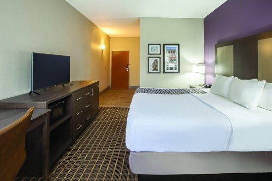 Mechanicsburg, PA: Guest Room