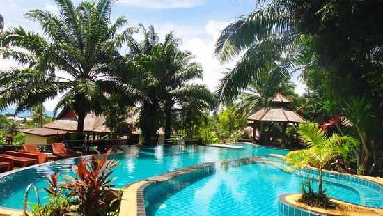 Searine Samui Boutique Resort : Children and adults pool...