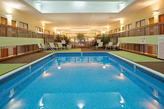 Brookline, MA: Take a dip in our refreshing saltwater pool!