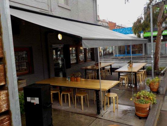 Brunswick, Australia: Outside dining area under cover