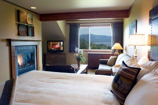 Stevenson, WA: Premier River View Fireside