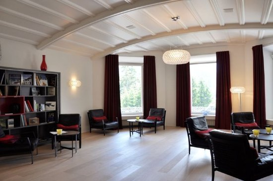Scuol, Suisse : Hotel lobby