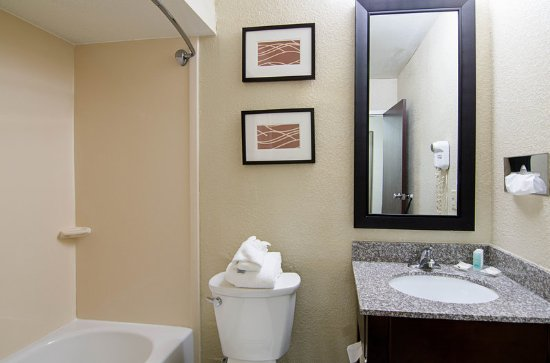 Bluefield, VA: Guest room