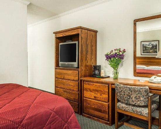 Livingston, MT: Queen Room