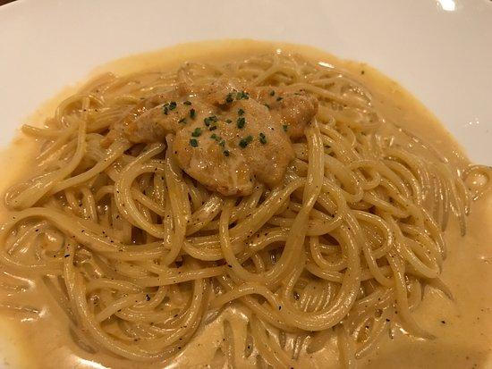 Torrance, CA: Uni cream pasta