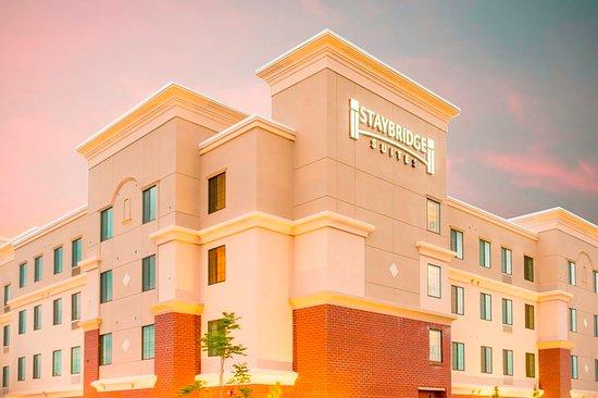 Miamisburg, OH: Hotel Exterior
