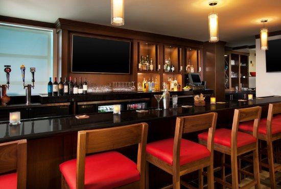 South San Francisco, CA: bistro 123 bar
