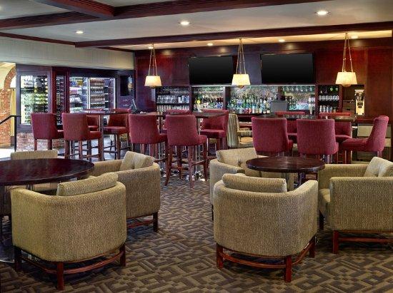 Red Deer, Canada: Garden Terrace Lounge