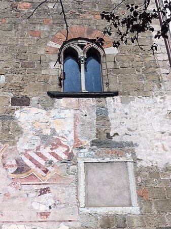 Morcote, Torre del Capitano: la facciata