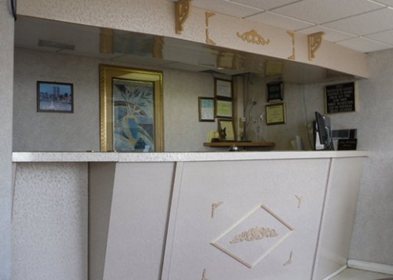 Absecon, Nueva Jersey: front desk