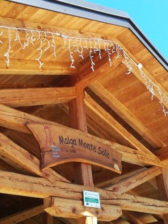 Rabbi, Italien: Malga Monte Sole esterno