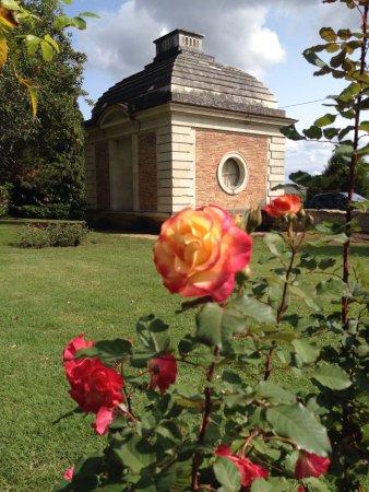 Les chemins de la rose dou la fontaine 2018 ce qu 39 il faut savoir pour votre visite - Jardin de la rose doue la fontaine ...