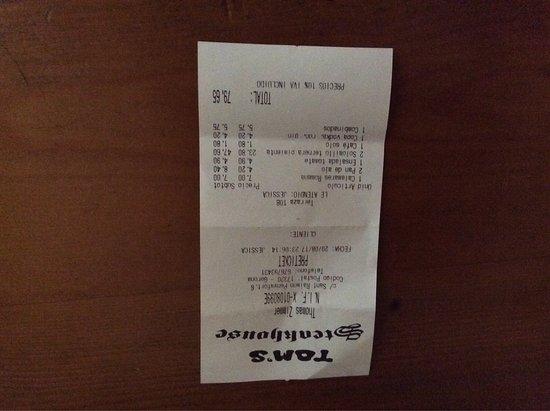 Tom's Steakhouse: photo0.jpg