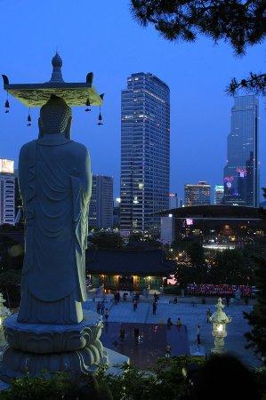 Le Meridien Seoul: Bongeunsa Temple © KOREA TOURISM ORGANIZATION