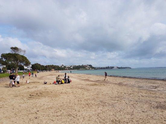 St. Helier's Bay : Beach