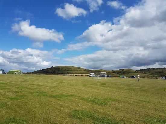 Ivinghoe, UK: Campsite views