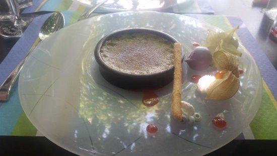 Lunel, France: je n'ai résisté à la crème brûlée pistache un délice hummm