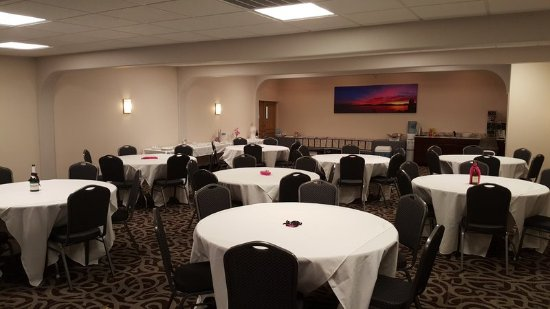 Sandpoint, ID: Meeting Room Banquet Round Catered Function Recept