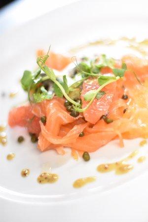 Stone House Hotel Restaurant: Smoked Salmon starter
