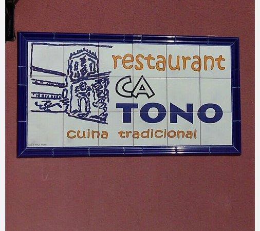 Busot, Spania: Fachada
