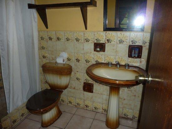 Hotel Posada Del Hermano Pedro: baño