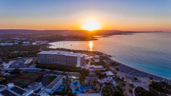 Asterias Beach Hotel: Aerial View Sunrise