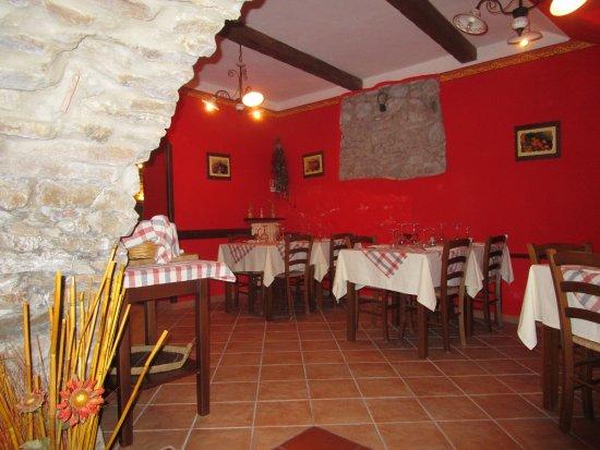 Cicerale, إيطاليا: Interno