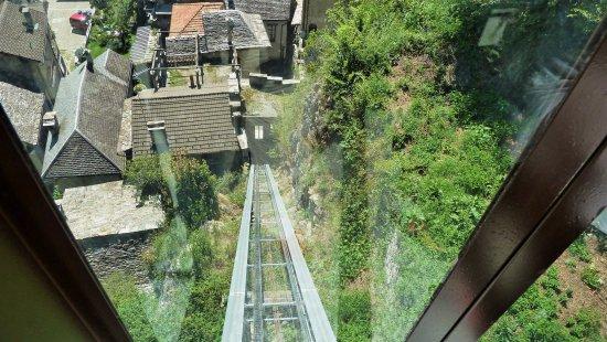 Vogogna, Italy: Ascensore