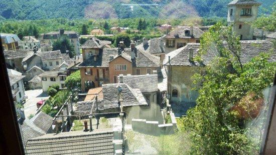 Vogogna, Italy: Vista sul borgo