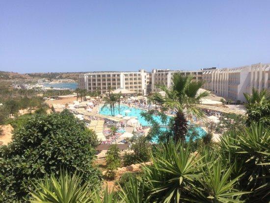 db Seabank Resort + Spa: general view to pool side