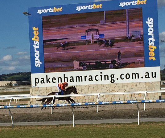 Pakenham Racing Club