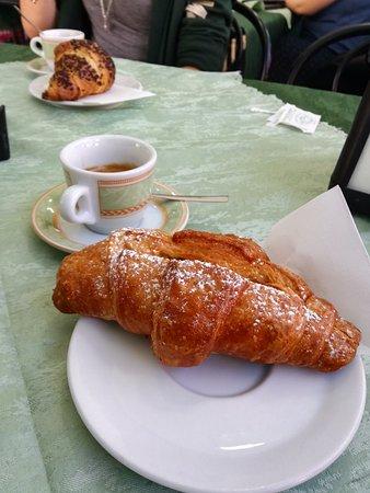 Leini, อิตาลี: Colazione