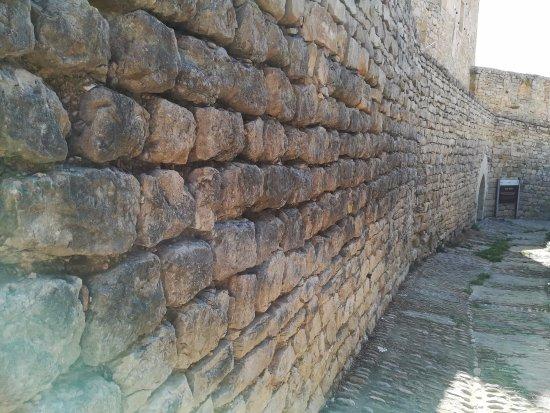 Morella, Spain: muralla