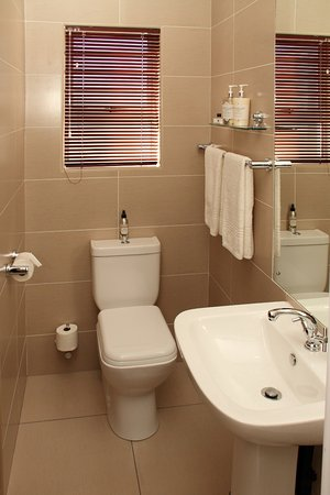 Potchefstroom, South Africa: Ensuite bathroom with a shower