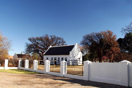Potchefstroom, South Africa: Our neighbors, The President Pretorius Museum.