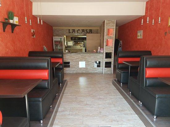 Neuf-Brisach, France: intérieure vintage et agréable pour manger les pizzas