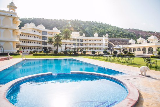 Labh Garh Palace Resort Spa Udaipur Rajasthan Hotel Reviews Photos Rate Comparison