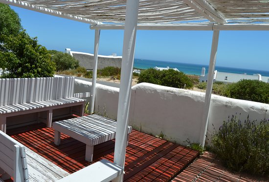 Paternoster, جنوب أفريقيا: Self Cater Deck and barbeque area