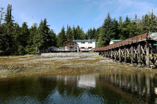 Clover Pass Resort: Resort View from the jetty