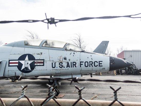Belleville, MI: Yankee Air Museum