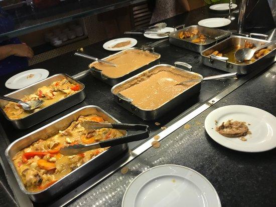 Allegro Cozumel: Temporada media. La comida muy regular y te encuentras con mal servicio. Estas fotos fueron toma