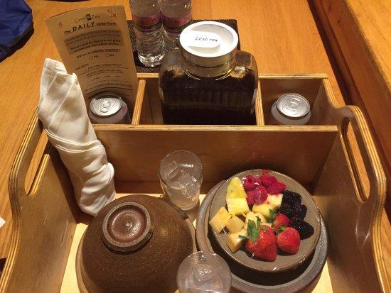 เชเตก, วิสคอนซิน: breakfast brought to you room