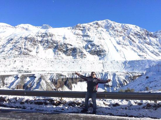 San Jose de Maipo, Chile: No caminho para a represa, vale a pena parar e tirar umas fotos.