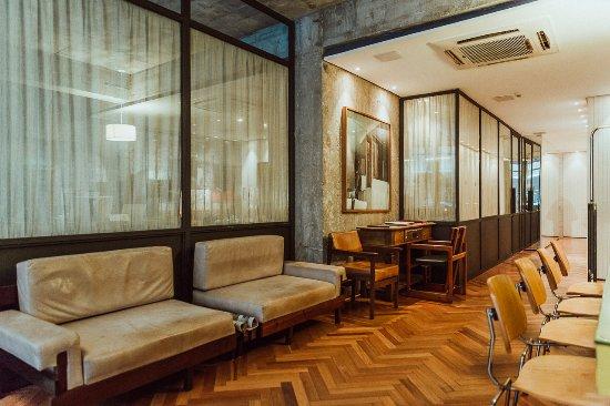 The lobby at the IPANEMA INN