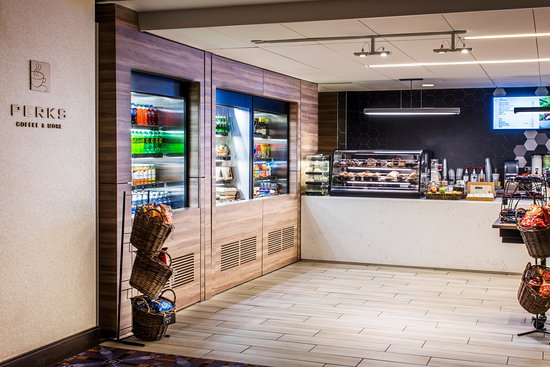 Rosemont, IL: Perks Coffee Shop & More - Open 24 hours